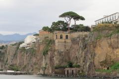 9. Capri (15)